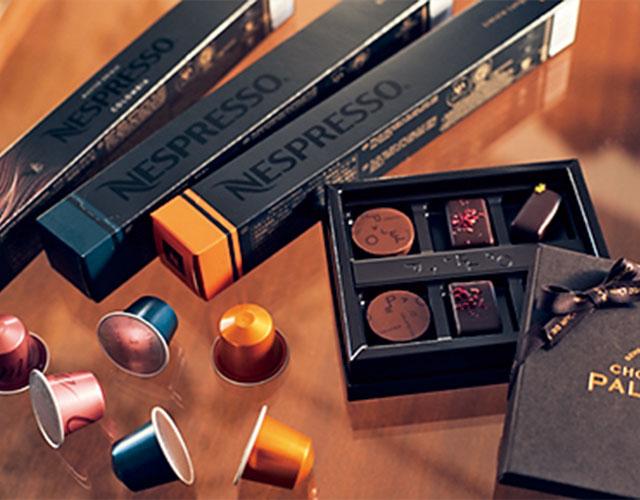 〝ショコラティエ パレ ド オール〟のボンボンショコラと〝ネスプレッソ〟のペアリング ギフト