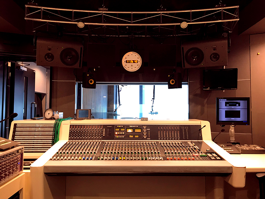2019/07/studio.jpg