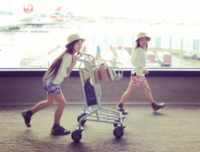 narita_guam_jal_airport_spring_break_vacation_sisters_zara_kids